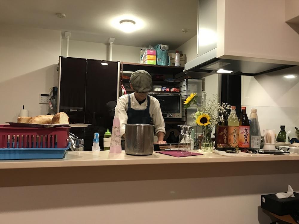 料理中のシェフ