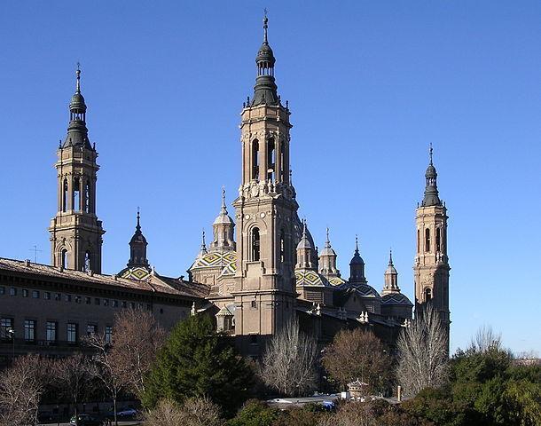 610px-Basilica_del_Pilar_ZaragozaAragon(Spain).jpg