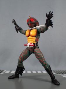 SHフィギュアーツ 仮面ライダーアマゾン (真骨彫製法) (34)