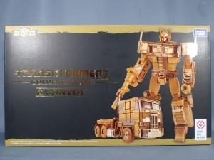 トランスフォーマー35TH記念 ゴールデンラグーン コンボイ (2)