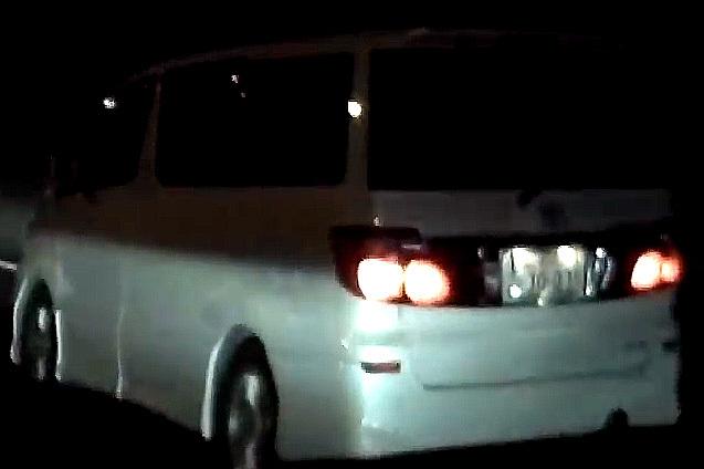 車内から花火 アルファード ナンバープレート1