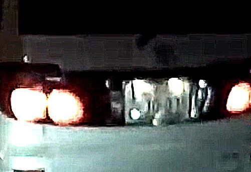 車内から花火 アルファード ナンバープレート2