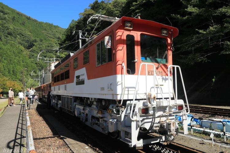 9737 アプト式電気機関車ーSN