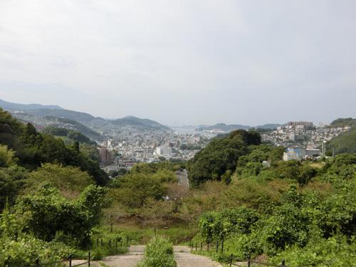 アレに見えるは長崎港。