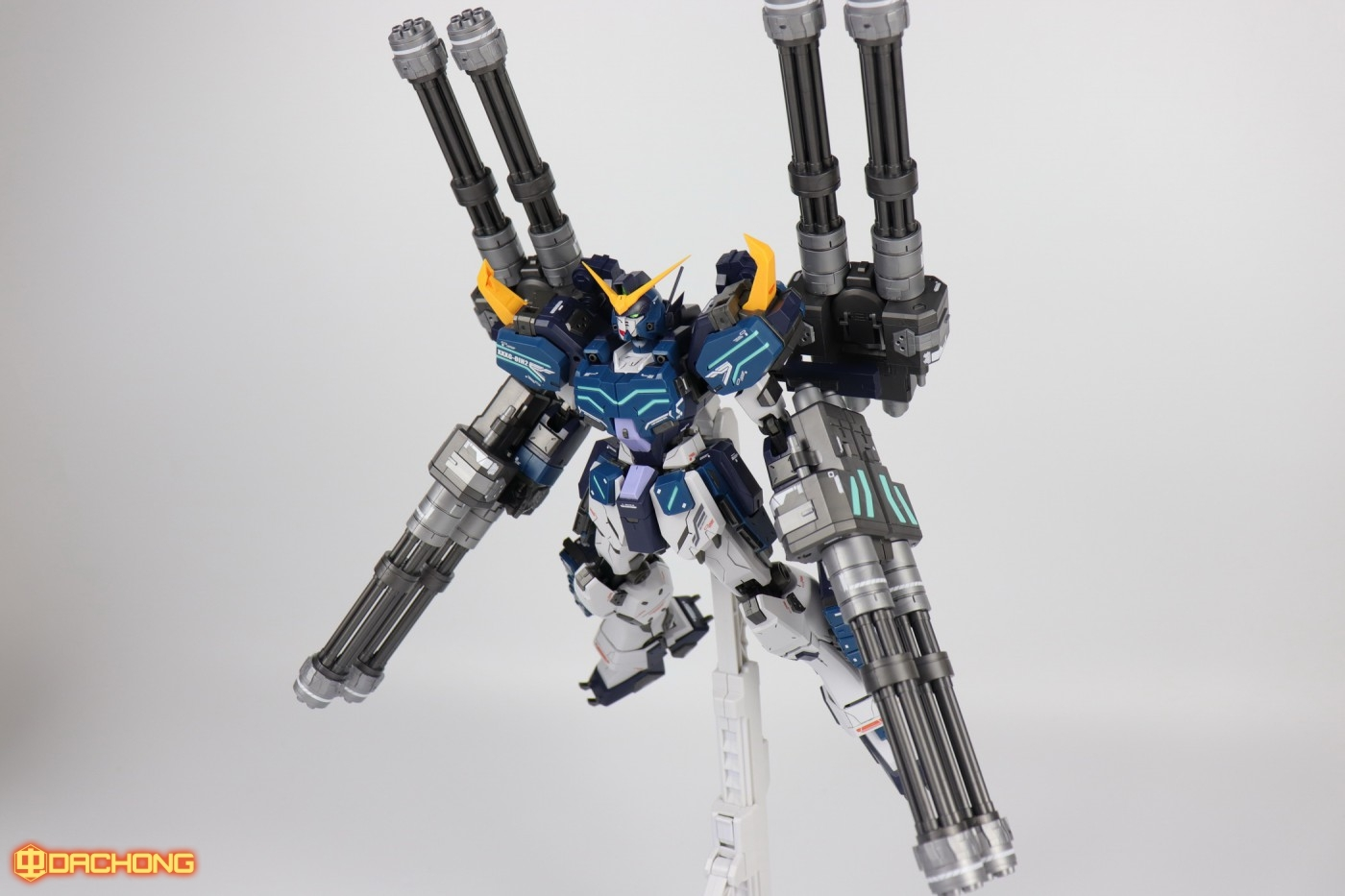 S296_MG_heavy_104.jpg