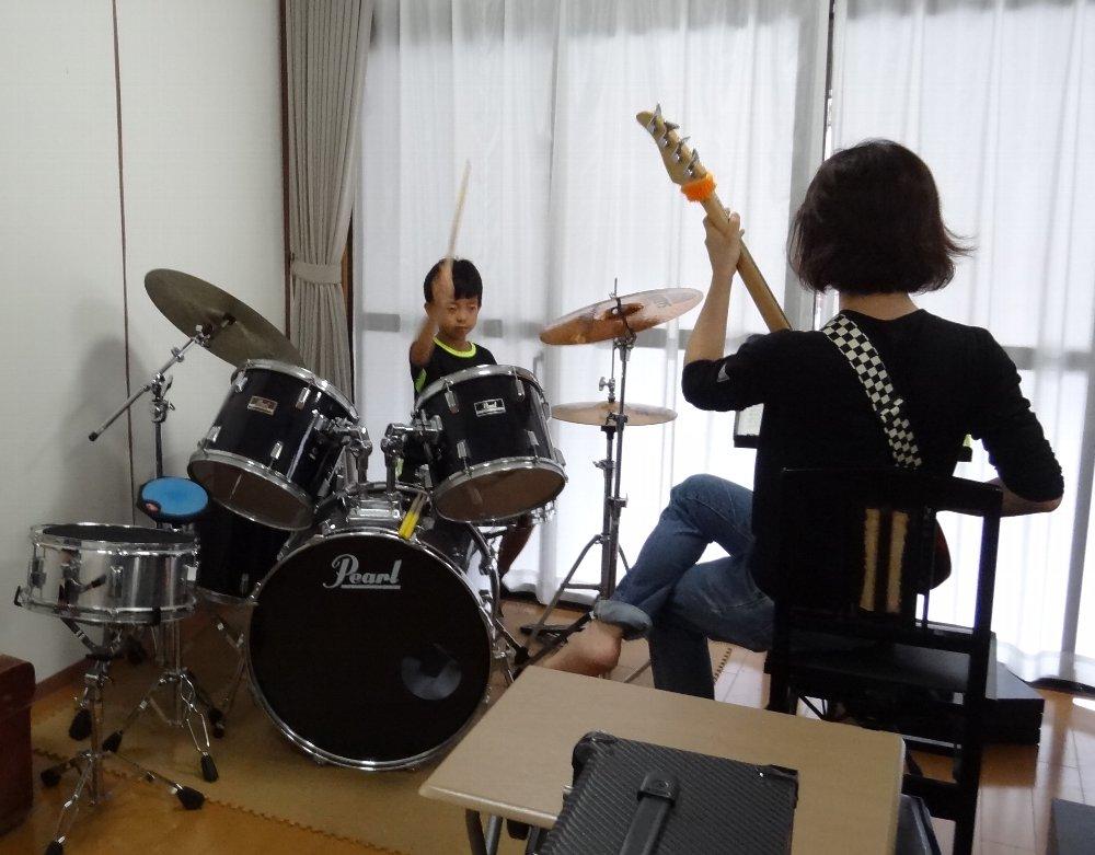 夏期短期ドラムレッスン バンド