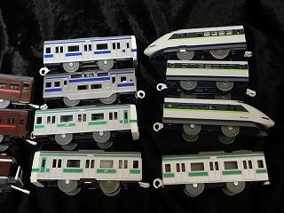 常磐線車両と100系フレッシュグリーン
