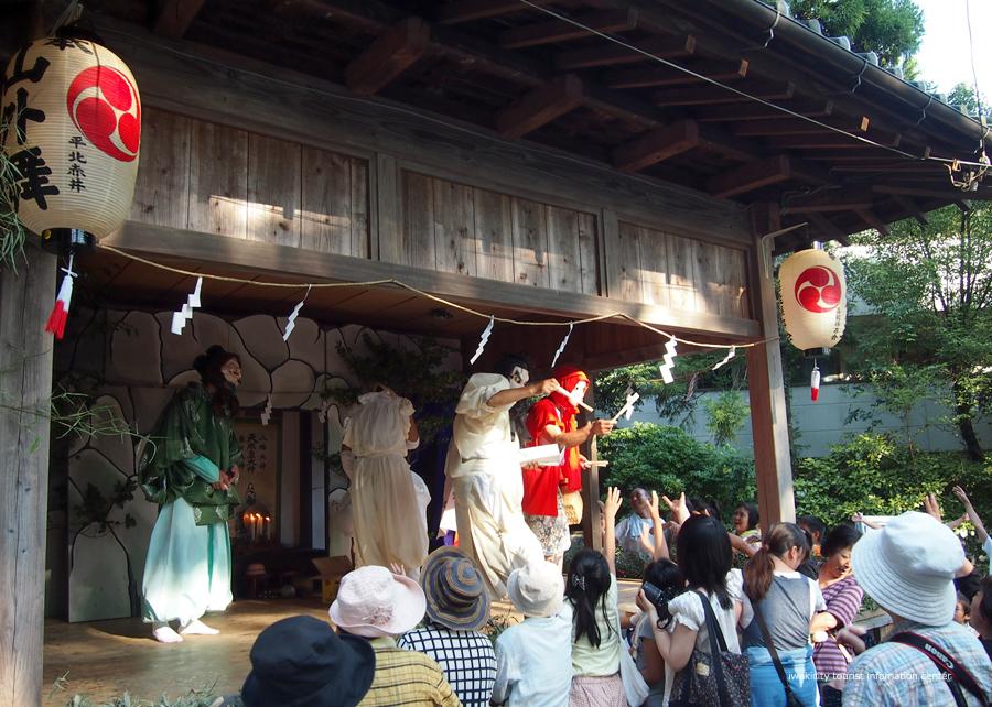 赤井諏訪神社例大祭にて山外舞が奉納されます! [平成30年8月20日(月)更新] 山外舞9