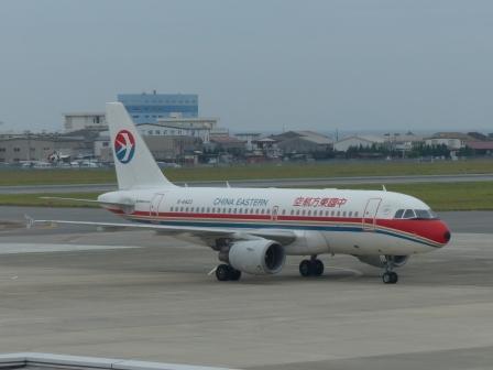 中国東方航空 の飛行機 3