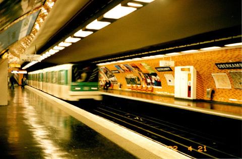 metro2002.jpg