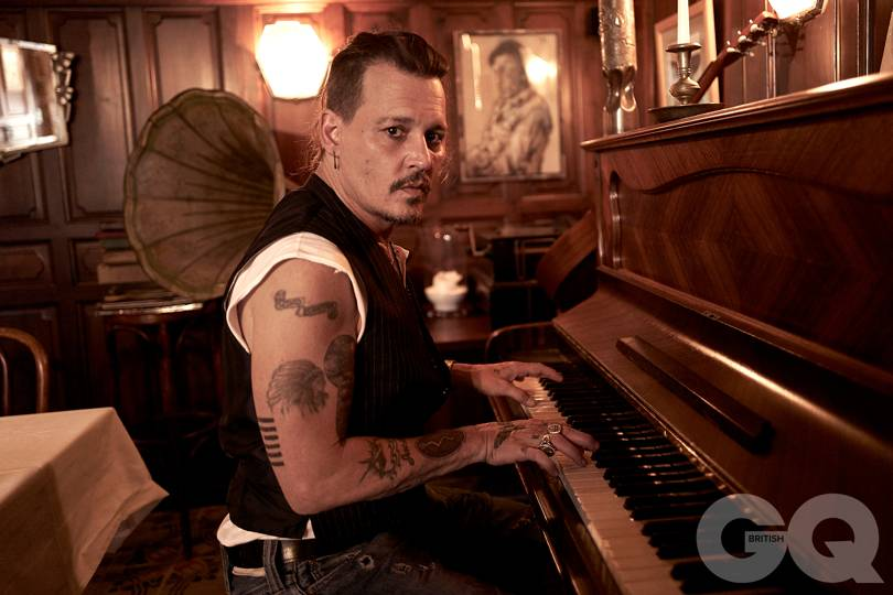 depp-01-gq-24sep18_greg-williams_b.jpg