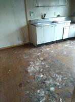 汚れが取れていない床