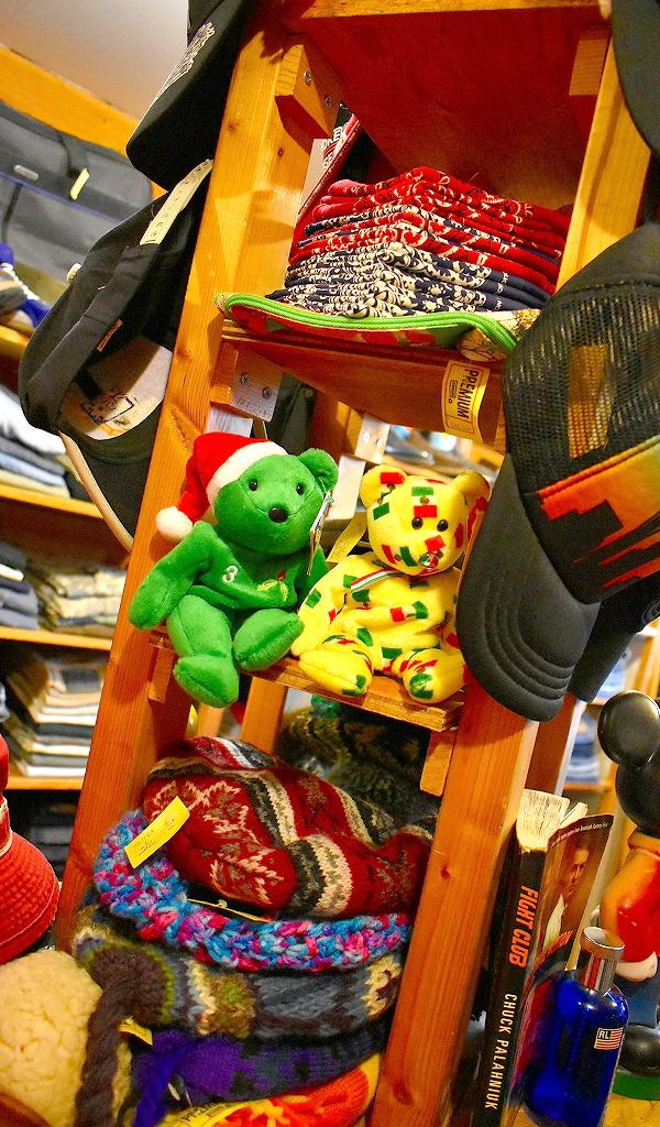 東京都北区の古着屋店内画像メンズレディースコーデ@カチカチ01