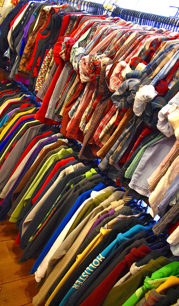 東京都北区の古着屋店内画像メンズレディースコーデ@カチカチ08