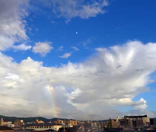 1808221虹