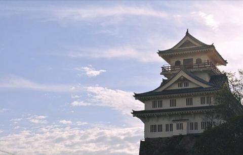 海外「完全に日本の風景じゃん…」 南米にそびえる本格的な日本のお城に驚きの声