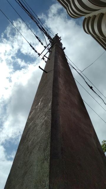 日本最古の現役コンクリート電柱0825