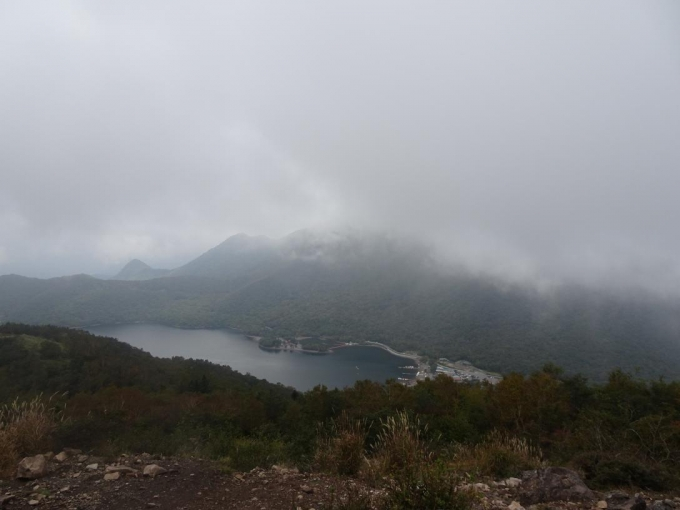 霧の地蔵岳山頂
