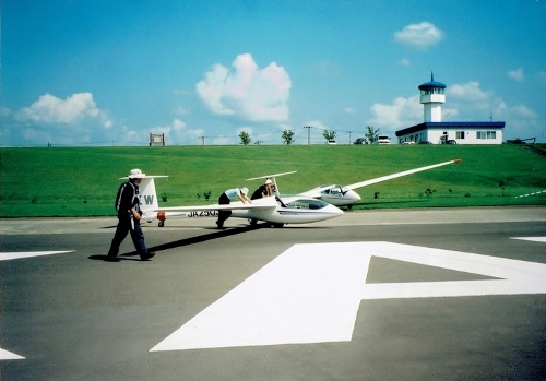 滝川 滑空場 2003年
