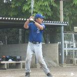 2回裏、先頭の伊藤幸が二塁打で出塁