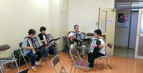 実習室 (2)