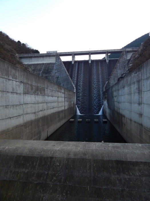 DSCN4401志河川ダム