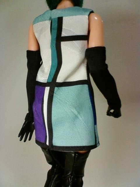Mondrian_blue_e.jpg