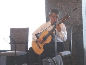 ギター演奏ソロ