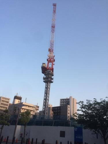 武蔵小金井駅南口再開発背の高いクレーンが。。。