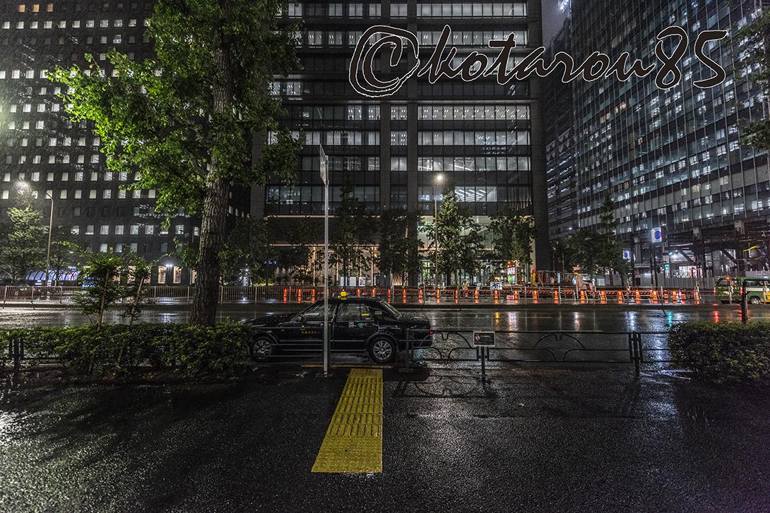 雨の大手町 20180911