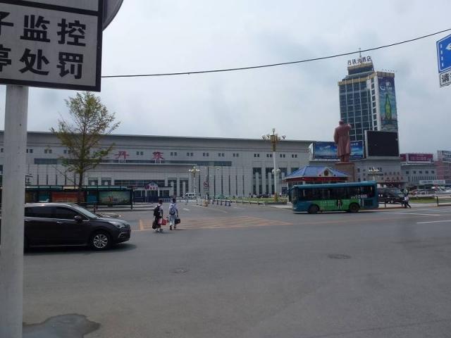 丹東駅駅舎