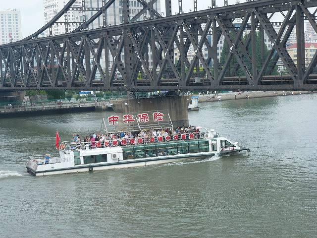 鴨緑江観光船