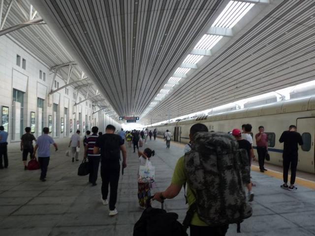 大連駅ホーム