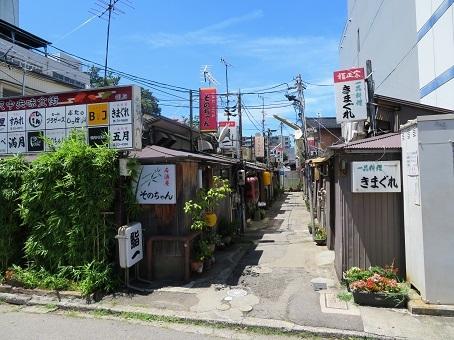 金沢中央味食街02