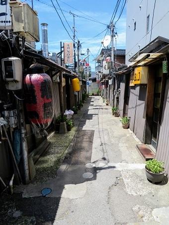 金沢中央味食街03