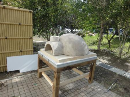 ドーム型石窯