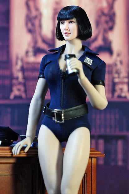 sexy policewoman0104