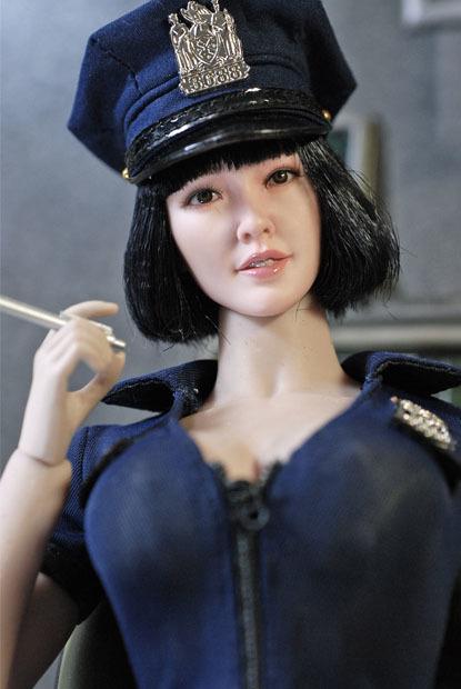 sexy policewoman0112