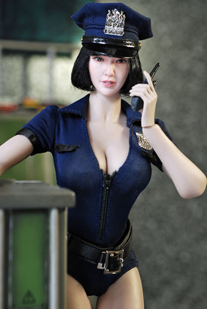 sexy policewoman0115