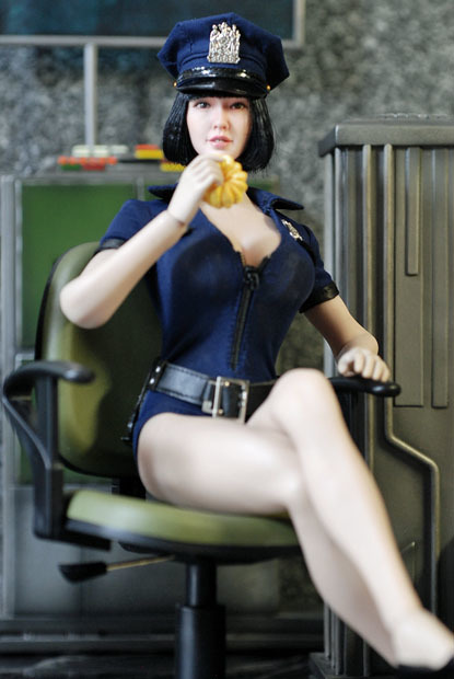 sexy policewoman0123