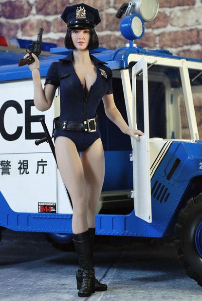 sexy policewoman0211