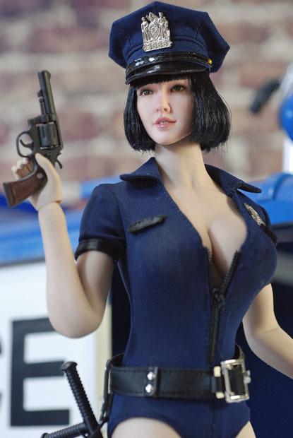 sexy policewoman0213
