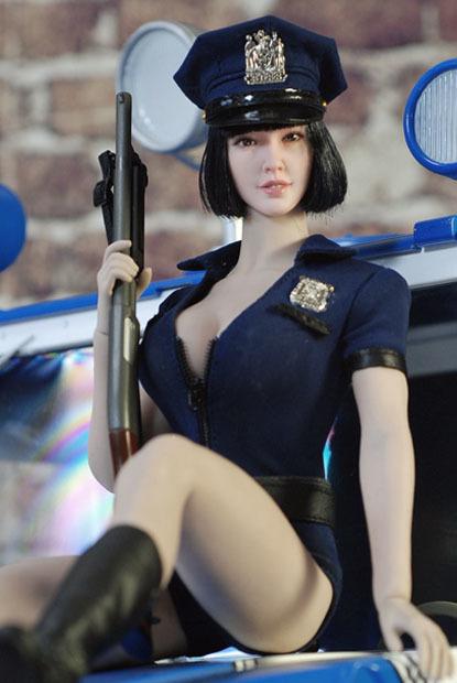 sexy policewoman0215