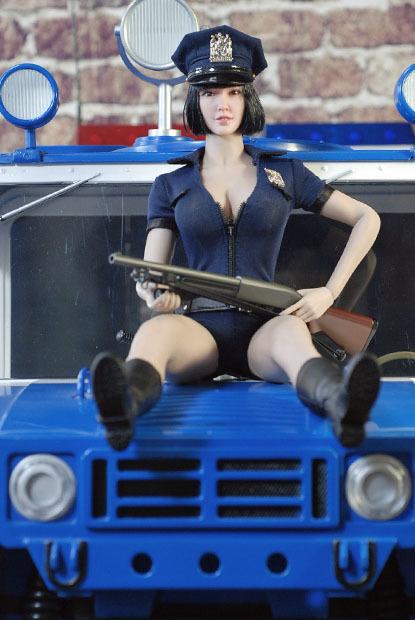 sexy policewoman0217