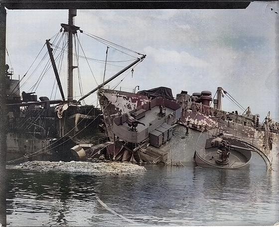 USN-ship_Okinawa_Oct_9th_1945.jpg