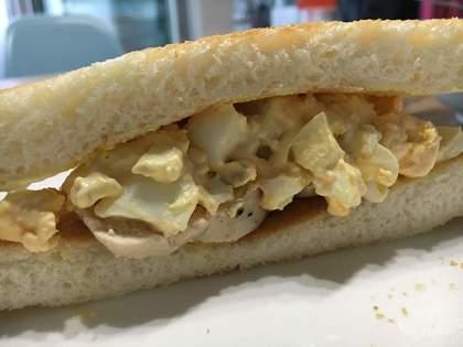 サラダチキンと卵のサンド