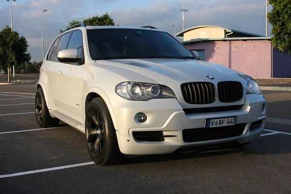 BMW_X5_E70_Fr.jpg