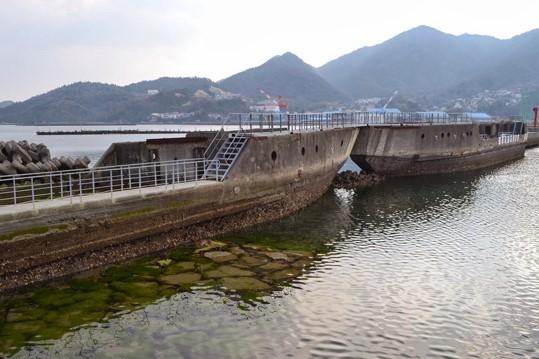 コンクリート船防波堤