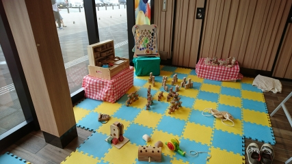 木のおもちゃ広場2