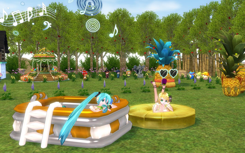 キッズプールとパイナップル浮き輪1
